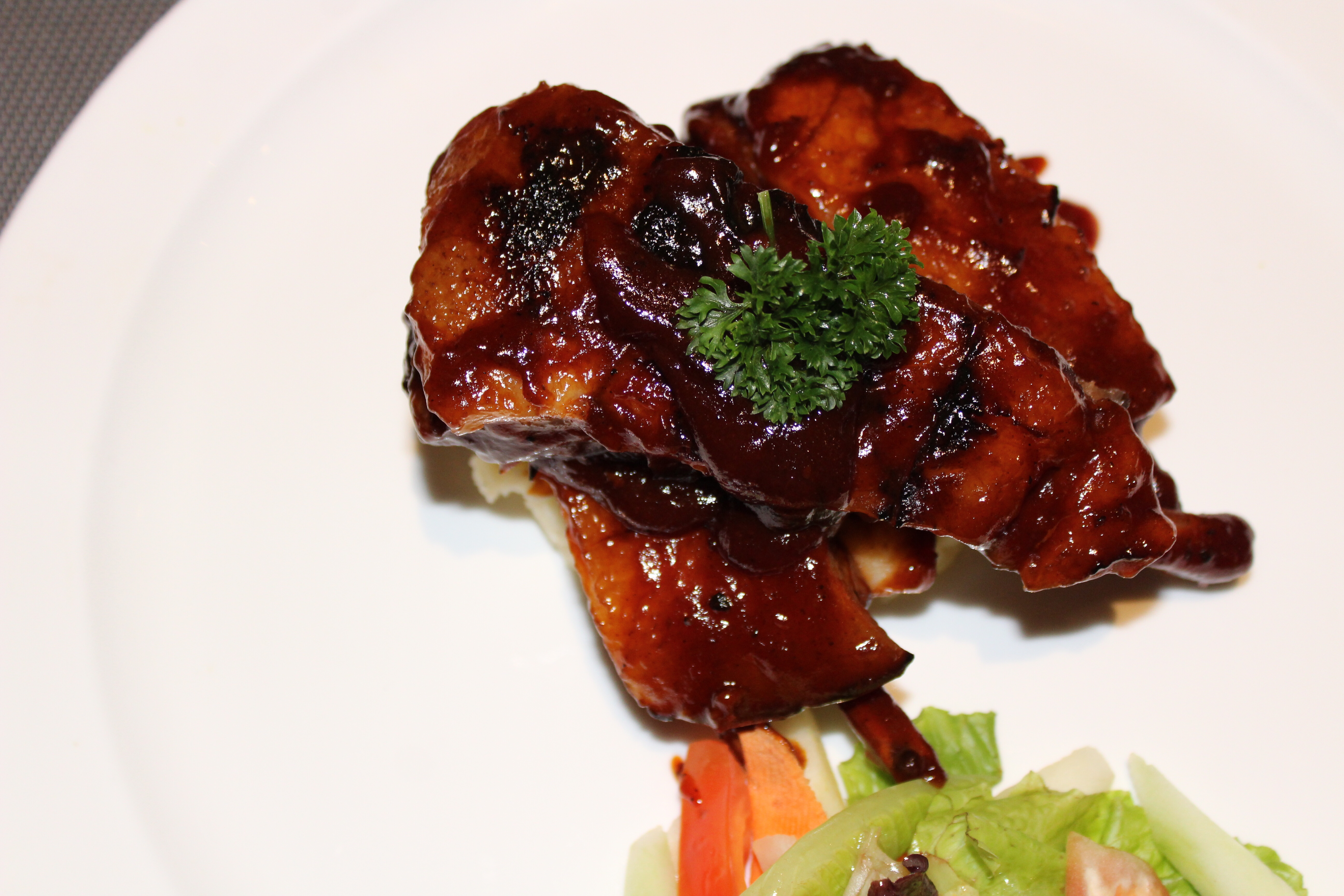 Slow Cooked Pork Spare Ribs